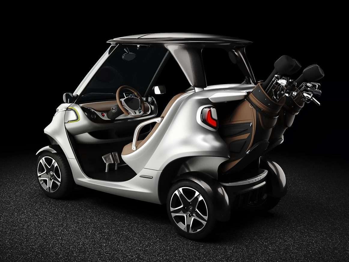 Golf Car mit Golftaschen